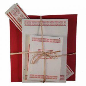Set cadou cu motive tradiționale din zona Vlaşca (roşu)